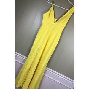 D-193 NBD xRevolve Plunging Allister Gown YELLOW M
